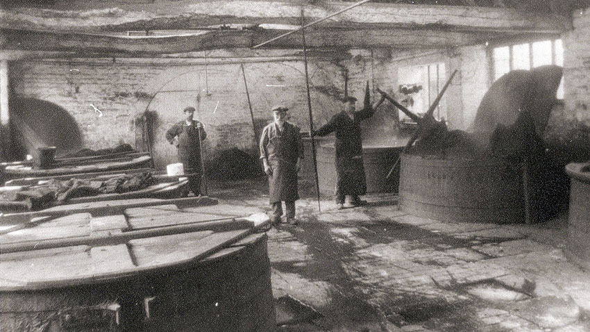Spring Mill dyehouse in 1912